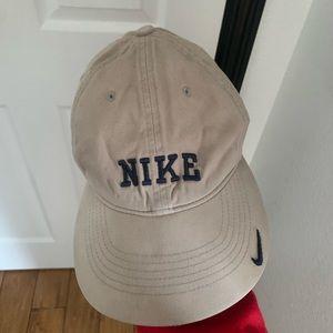 Tan vintage Nike hat